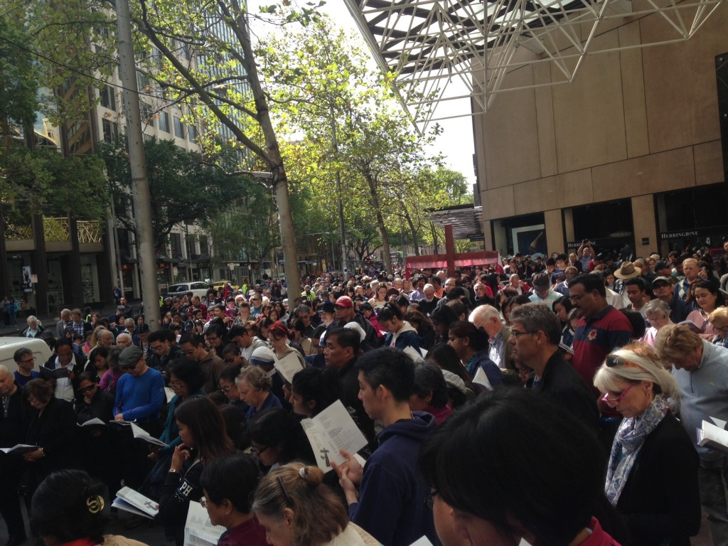 Crowd gathered for Way of the Cross 2016, Collins Place, led by Holy Trinity Anglican Church, 800KB